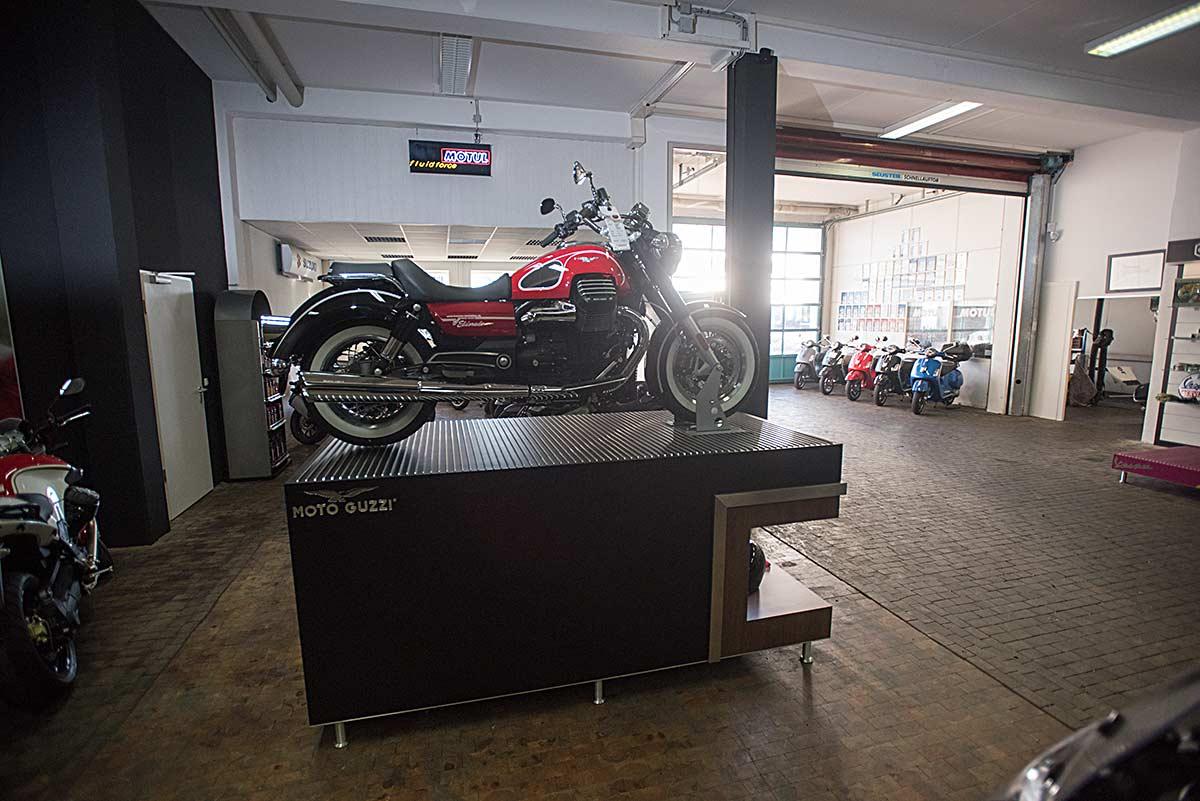 koerner-motobikes-showroom-01