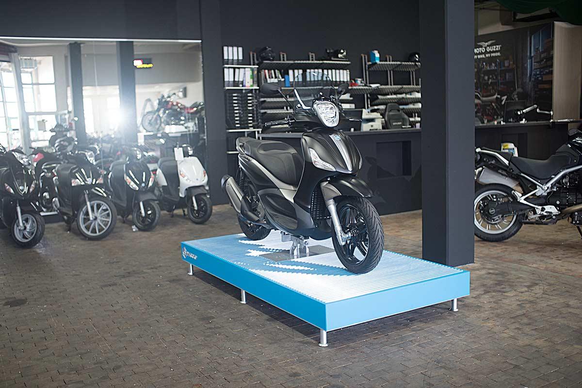 koerner-motobikes-showroom-06