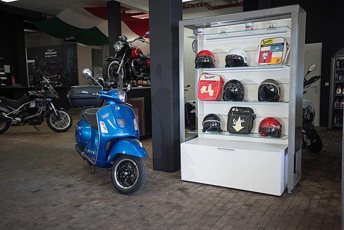 Vespa bei Körner Motobikes im Süden Münchens